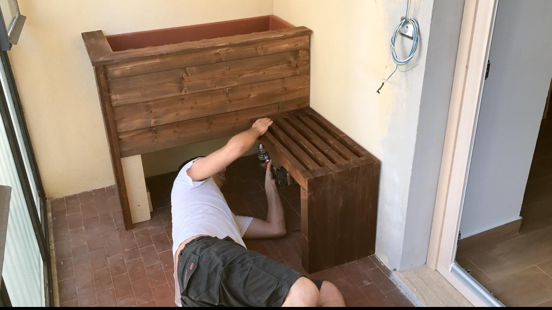 Fioriera panca fai da te con scompartimento segreto for Fioriera legno fai da te