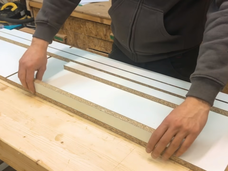 Come costruire una panca fai da te in calcestruzzo e legno for Laminato ikea recensioni